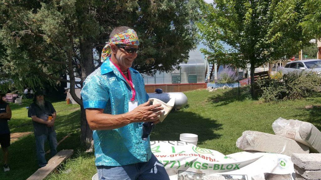 Donovan demonstrating building papercrete